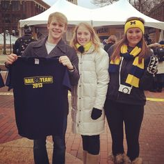 Jeff McMahon, University Marching Band Drum Major, stops by the Diag to show his support for #HailYeah Day.  Students were able to write letters to alumni who donated to the University, and were given a shirt in return!