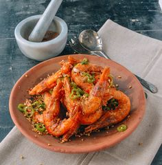 Try this easy Crispy Salt and Pepper Shrimp #recipe this weekend. The recipe may be simple, but the flavors of this dish are out of this world!