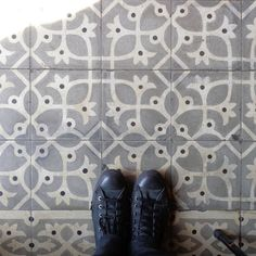 Grey #tiles from el #Raval are perfect for a Monday! #TileAddiction #dillunsdepeus #lunesdepies http://ift.tt/1Y0AyHO