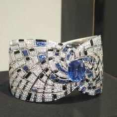 Cartier Bracelet in Exhibition , photo by @mariigem #jewelry