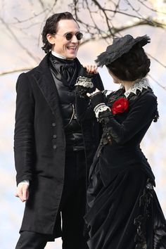 Tom Hiddleston and Jessica Chastain on the set of Crimson Peak, May 2014.