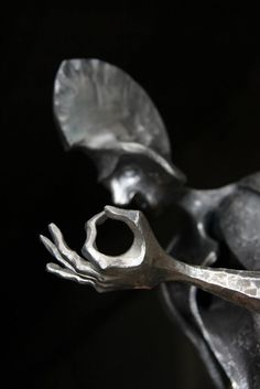 Abstract Sculpture, Sculpture Art, Fantasy Wire, Blacksmith Projects, Scrap Metal Art, Steel Sculpture, Iron Art, Historical Art, Metal Fabrication