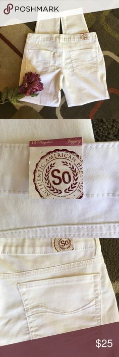"""NWT🌸SO White jeggings🌸 Material is 69% cotton 29% polyester 2% spandex🌸lying flat waist measures 17"""" 🌸 rise is 8"""" 🌸 inseam is 30"""" 🌸faux front pockets SO (Kohl's) Jeans"""