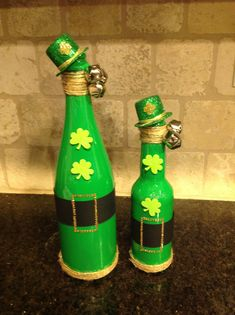 St patrick's Day wine bottle