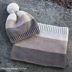 Minus the pompon - Carlyle Slouch Hat & Cowl Crochet Pattern Set Crochet Beanie, Crochet Baby, Free Crochet, Knitted Hats, Knit Crochet, Crochet Granny, Crochet Scarves, Crochet Clothes, Tricot Simple