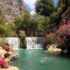 48 minute drive from the University of Alicante- Fontaines de l'Algar, Alicante - Costa Blanca (Espagne) Wonderful Places, Beautiful Places, Travel Around The World, Around The Worlds, Places To Travel, Places To Go, Spain Holidays, Spain And Portugal, Murcia