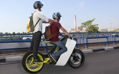 Have you ever imagined a one-seat motocycle can carry more than two persons?  #artsandgadgets #futurism #MOTO