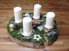 Advent wreath – Advent arrangement Nature Wood disc Tree disc white – a designer… Advent wreath – Advent arrangement Nature Wood disc Tree disc white – a designer … Happy Merry Christmas, Nordic Christmas, Winter Christmas, Christmas Time, Diy 2018, Advent Wreath, Pine Cone Crafts, Xmas Decorations, Christmas Photos
