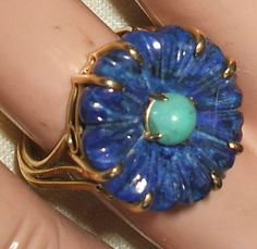 Vintage ESTATE 14K Yellow GOLD RING Carved LAPIS & TURQUOISE size 6 FLOWER   ******SOLD******