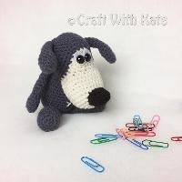 Crocheting : Curious Doggy