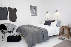 grey // bertoia diamond chair // white floorboards