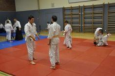 Aikido Kindertraining in Linz / Auhofschule (Urfahr): Kinder beim Training