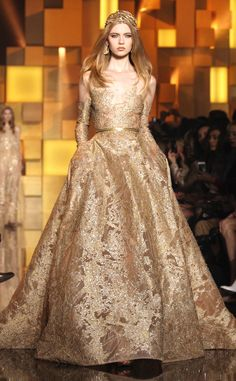 Zuhair Murad from Best Looks from Paris Haute Couture Fashion Week Fall 2015 . - Zuhair Murad from Best Looks from Paris Haute Couture Fashion Week Fall 2015 – - Zuhair Murad, Fashion Mode, Fashion Week, Runway Fashion, Fall Fashion, Ladies Fashion, Evening Dress Long, Evening Dresses, Prom Dresses