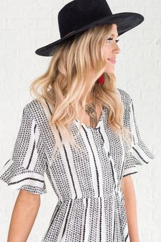boutique dress with black and white stripes 85449c62c01f