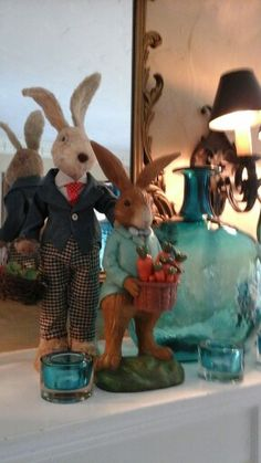 Gotta love preppy rabbits for Easter brunch...my nieces and nephews did