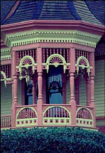 paper with raised texture became the norm for upscale Victorian homes Victorian Homes Exterior, Victorian Porch, Victorian Style Homes, Victorian Architecture, Architecture Details, Victorian Houses, Exterior House Colors, Interior Exterior, Exterior Paint