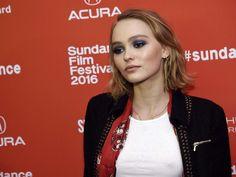 """Lily-Rose Depp dans """"Love"""" : confessions d'une ado presque comme les autres"""