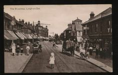 Essex LEIGH-ON-SEA The Broadway 1916 PPC | eBay