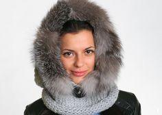 Women Wool Hood With Real Fox Fur