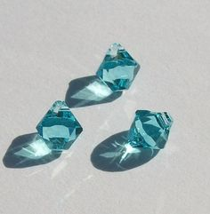 http://crystalsbythepiece.com/product_info.php?products_id=1419&osCsid=a7f7b07ce54ee3a7017acd3c0774fb14