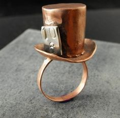 Alice in Wonderland Steampunk Top Hat Ring Copper Rings, Copper Jewelry, Jewelry Box, Jewelry Accessories, Jewellery, Bronze Ring, Geek Jewelry, Jewelry Necklaces, Unique Jewelry