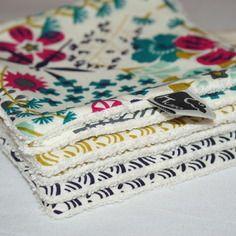 Lot de 6 lingettes/débarbouillettes lavables en coton bio pour fille. http://kumoandfriends.alittlemarket.com/