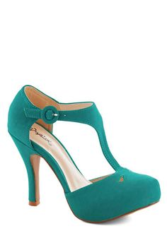 This shoe would surely kill me, but it still calls my name.... Illustrious Lady Heel, #ModCloth