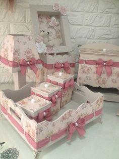 Kit Bebe, Baby Kit, Decorative Boxes, Decoupage, Alice, Wuhan, Moana, Home Decor, Diy