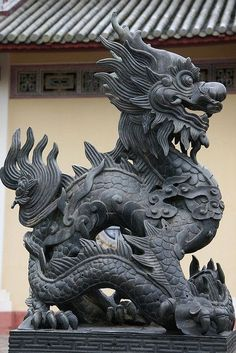 Photo Cultural Chinese Dragon Grotesque Statue Giant Wall Art Poster Print