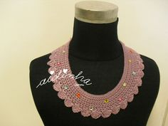 Crochet collar with button back