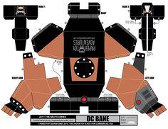 Bane papercraft (http://papertoyadventures.com/pta-downloads/PaperToyAdventures_Comics_Bane.png)