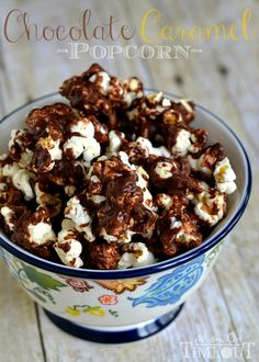 Chocolate Caramel Popcorn is the perfect snack for movies and makes a wonderful treat for school lunches! | MomOnTimeout.com #popcorn #recip...