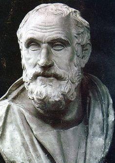 HIPÓCRATES (Siglo de Pericles):  fue un médico de la Antigua Grecia que ejerció durante el llamado siglo de Pericles. Es considerado una de las figuras más destacadas de la historia de la medicina y muchos autores se refieren a él como el «padre de la medicina».Fundador de la escuela que lleva su nombre.  Esta escuela revolucionó la medicina de la Antigua Grecia, estableciéndola como una disciplina separada de otros campos con los cuales se la había asociado tradicionalmente.