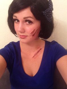 my halloween make up ! (snowwhite) easy to make those scars ! just apply a peel off face mask on your skin, use red facepaint or lipstick and - finish :D Easy Face Masks, Homemade Face Masks, Diy Face Mask, Facial Scars, Charcoal Face Mask, Scaly Skin, Peel Off Mask, Clean Face, Diy Mask