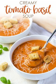 Tomato Recipes Creamy Tomato Basil Soup - So savory, rich and bursting with flavor. it's the ultimate comfort food soup! - Creamy Tomato Basil Soup - So savory, rich and bursting with flavor. it's the ultimate comfort food soup! Tomato Soup Recipes, Easy Soup Recipes, Cooking Recipes, Healthy Recipes, Healthy Soup, Tomato Basil Soup Crockpot, Recipe For Creamy Tomato Basil Soup, Creamy Tomato Bisque Soup Recipe, Panera Tomato Soup Recipe