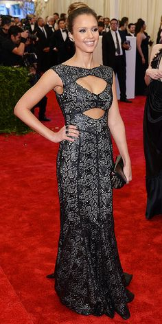 Not always a fan of cut-outs, but Jessica Alba uses them well @ The Met Gala.