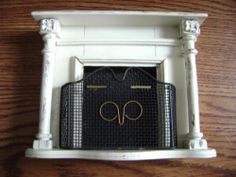 Vintage dollhouse fire place 1/12 scale SONIA MESSER IMPORTS with Fire Grate L A