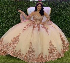 Rose Gold Quinceanera Dresses, Robes Quinceanera, Rose Gold Dresses, White Quince Dresses, Rose Gold Party Dress, Royal Blue Dresses, Xv Dresses, Prom Dresses, Dress Prom