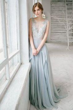Silver grey wedding dress - Lobelia