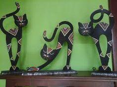 Risultati immagini per gatos en puntillismo Cat Crafts, Diy And Crafts, Arts And Crafts, Deco Paint, Mosaic Madness, Concrete Art, Decoration Originale, Mosaic Diy, Art N Craft