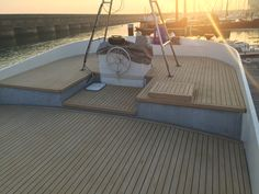 Seven Trust PVC Soft Boat Decking material comes in the same colours to mimic the teak, however unlike teak deck boat flooring stays the color you choose without the scrubbing and endless maintenance. Mini Yacht, Plastic Decking, Wpc Decking, Teak Flooring, Runabout Boat, Deck Boat, Decking Material, Wood Boats, Waterproof Flooring