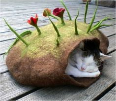 This is done by felting which I know nothing about but Festus and jasper both requested a cat cave