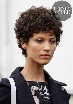 22 Curly Short Hairstyles You Will Absolutely Love: Pixie Curly; Curly Pixie Hairstyles, Curly Hair Styles, Short Curly Haircuts, Curly Hair Cuts, Hairstyles Haircuts, Natural Hair Styles, Black Hairstyles, Famous Hairstyles, Simple Hairstyles