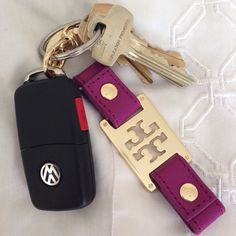Tory Burch preppy keychain