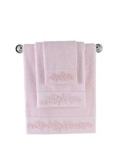 Bambusowe ręczniki MASAL mają naturalne właściwości antybakteryjne, są odporne na pleśń i  inne bakterie, higieniczne i idealne do codziennego użytku. Ich chłonność jest 4 razy lepsza niż w przypadku bawełny, a miękkość jest wręcz nieporównywalna.