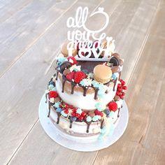 Afgelopen zondag maakte ik dit 'bruidstaartje' voor lieve @spreadlove.yoga.andmore met een touch of blue voor de babyboy!👶🏼💙 #allyouneedislove Drip Cakes, Waffles, Birthday Cake, Yoga, Desserts, Birthday Cakes, Postres, Deserts, Waffle