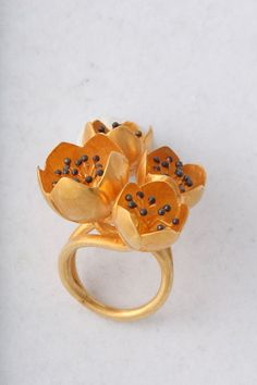 Buttercup Flower Ring image 3
