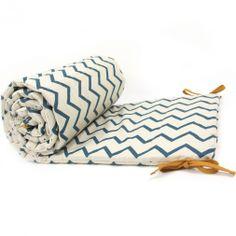 Nobodinoz - Tour de lit zig zag bleu - Nobodinoz - Mode bébé, futures mamans, cadeaux de naissance