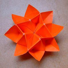 origami flower by evi binzinger, via Flickr