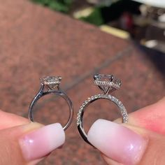 Big Wedding Rings, Wedding Ring Bands, Beautiful Engagement Rings, Engagement Ring Cuts, Forever Diamonds Ny, Pear Ring, Unique Rings, Jewellery, Jewels